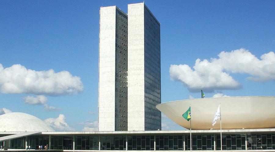 A importância de uma mudança na constituição brasileira de forma urgente