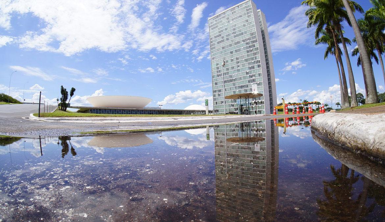 Precisamos encolher Brasília! A aplicação do Estado Mínimo no Brasil economizaria bilhões e combateria a corrupção.